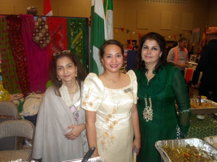 Pakistanis and a Filipina
